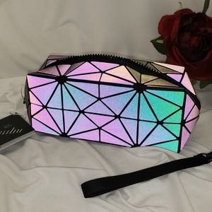Lumiliu Color Changing Cosmetic Case NWT